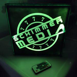 LED-Schild mit Ihrem Logo (3D-Drucker & Laser) | 25x25cm RGB mit Fernbedienung